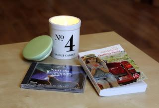 Coconut Numerical N 4 deYankee Candle