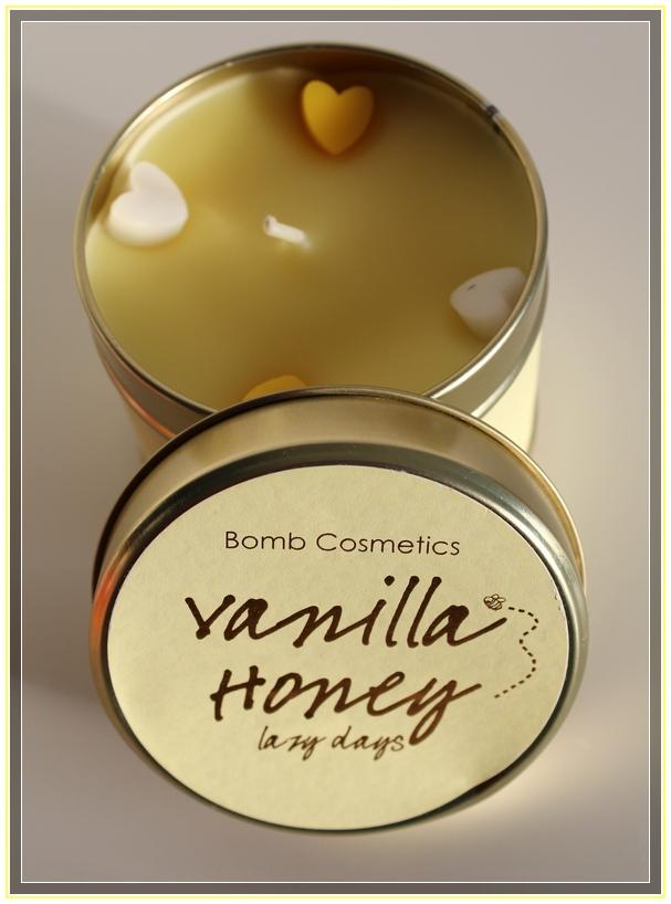 Vanilla Honey de Bomb  Cosmetics