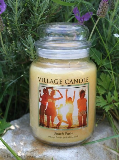 beach-party-village-candle