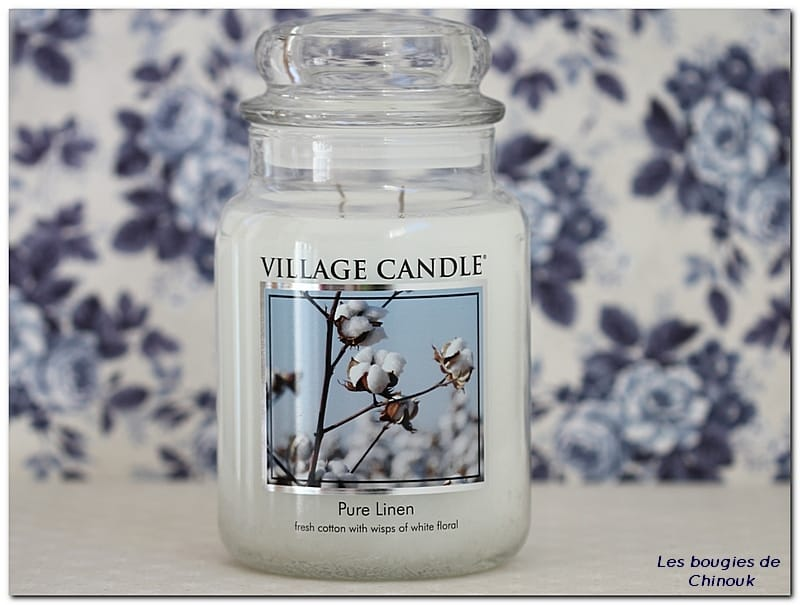 Pure Linen de Village Candle